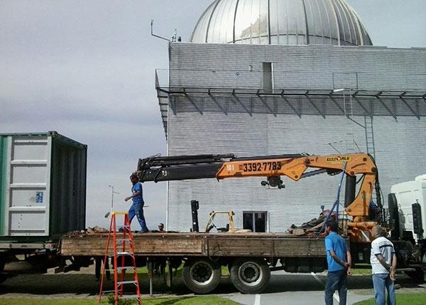 Movimentação de carga: transporte de telescópio de 23 toneladas