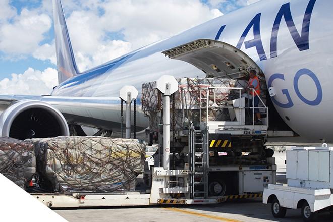 transporte aereo de carga